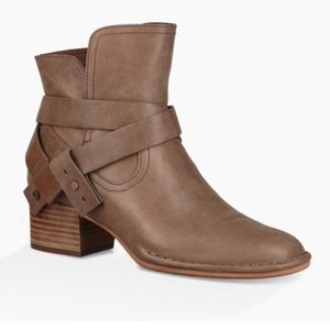 UGG Elysian Ankle Boots Booties Sahara 8.5